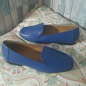 Comfort view slip on flaps shoes size 8M